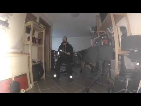 Grooving with Air - Aerodrums Solo